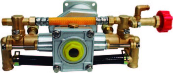 Takashi BT26 Bomba de latón para aspersora de motor 2 tiempos