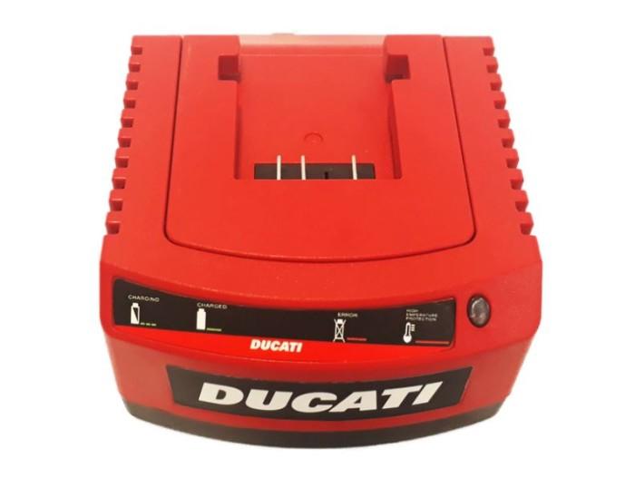 Cargador de batería de litio Ducati DCH204S