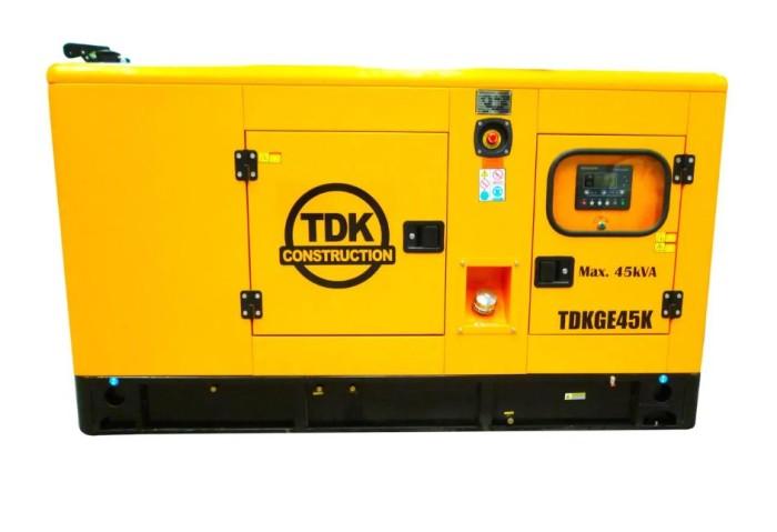 TDK TDKGE45K Generador estacionario 36Kw 60Hp 220V